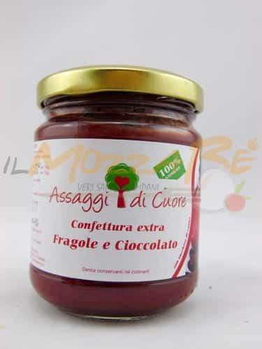 Confettura Artigianale Extra Fragole e Cioccolato – Assaggi di Cuore